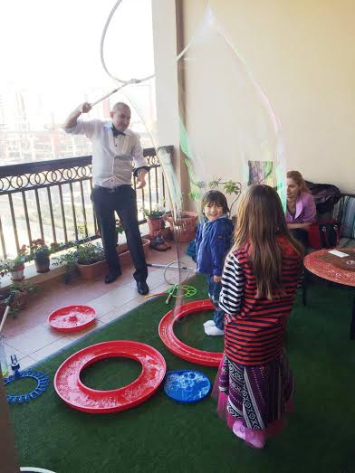 Bubble Shows Amp Bubble Parties For Kids In Dubai